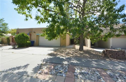 Photo of 7424 Lantern Road NE, Albuquerque, NM 87109 (MLS # 953802)