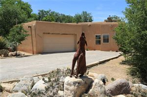 Photo of 5025 Guadalupe Trail NW, Albuquerque, NM 87107 (MLS # 946803)