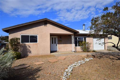Photo of 4025 PALO DURO Avenue NE, Albuquerque, NM 87110 (MLS # 979804)