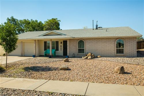 Photo of 6721 Hensch NE, Albuquerque, NM 87109 (MLS # 980806)