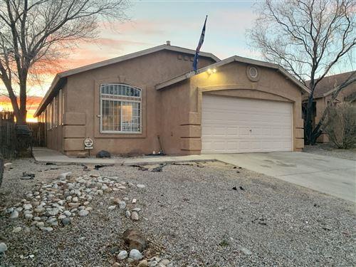 Photo of 463 SUNRISE WEST Drive SW, Albuquerque, NM 87121 (MLS # 986809)