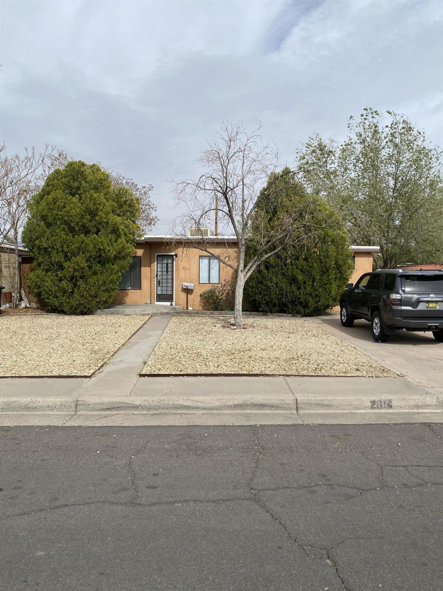 Photo of 2814 MONROE Street NE, Albuquerque, NM 87110 (MLS # 989810)
