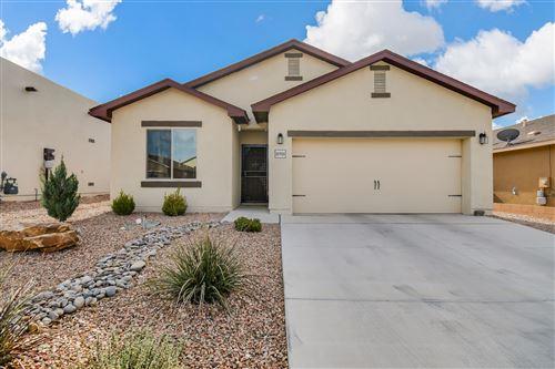 Photo of 10916 TOPACIO Street NW, Albuquerque, NM 87114 (MLS # 989811)