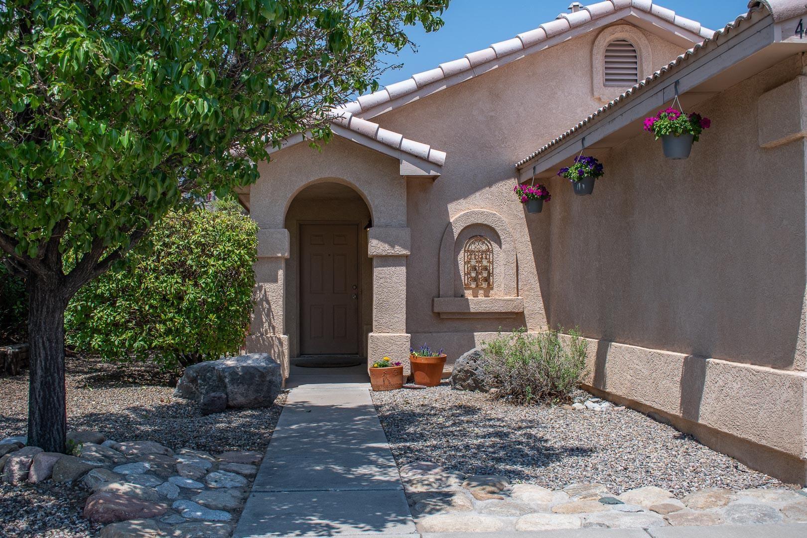 Photo of 4419 BARRETT Avenue NW, Albuquerque, NM 87114 (MLS # 994811)