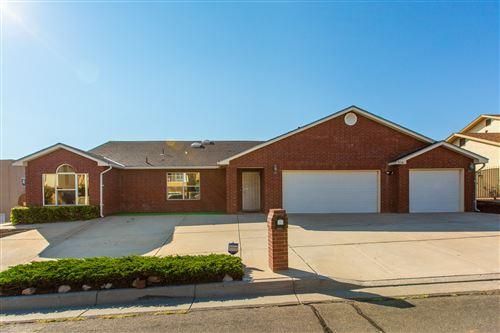 Photo of 5116 LOMAS DE ATRISCO Road NW, Albuquerque, NM 87105 (MLS # 990812)