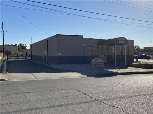 Photo of 3410 AZTEC Road NE, Albuquerque, NM 87107 (MLS # 980813)