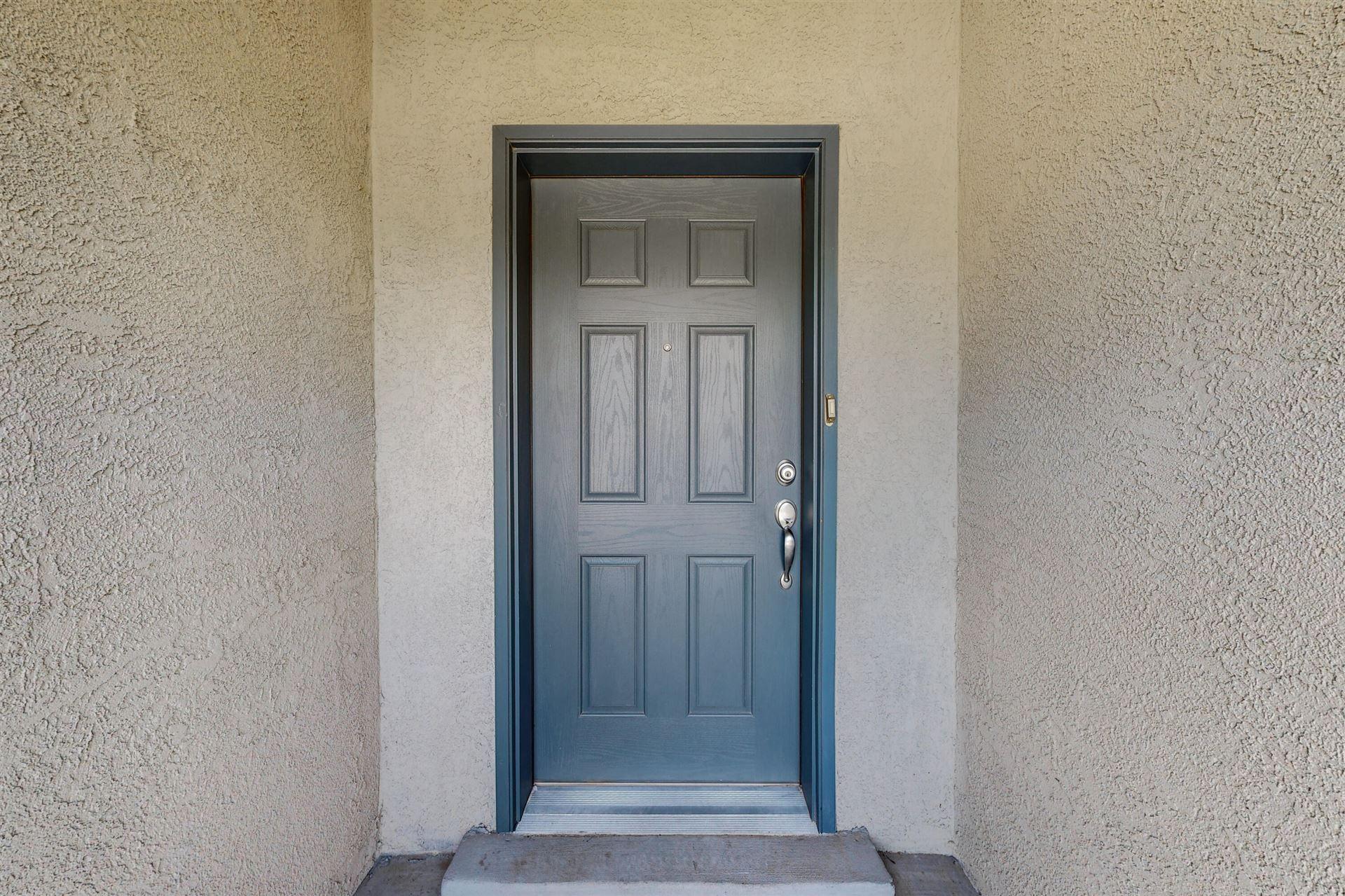 Photo of 227 ANNA MARIA Place SW, Albuquerque, NM 87105 (MLS # 994814)