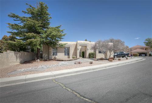 Photo of 7708 MENDOZA Court NE, Albuquerque, NM 87109 (MLS # 989816)
