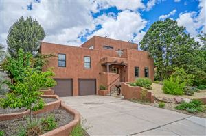Photo of 4118 SUNNINGDALE Avenue, Albuquerque, NM 87110 (MLS # 945817)