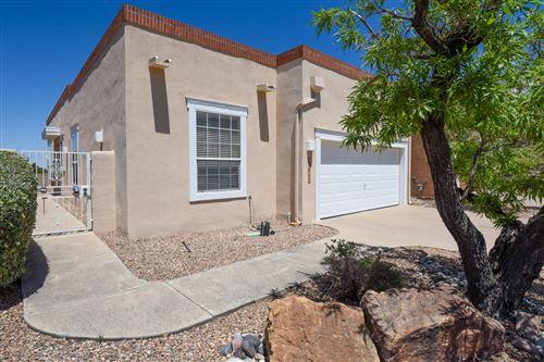 Photo of 5607 BOSQUE VISTA Drive NE, Albuquerque, NM 87111 (MLS # 991817)