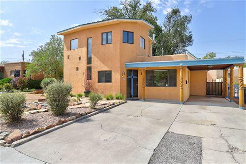 Photo of 733 WELLESLEY Drive NE, Albuquerque, NM 87106 (MLS # 977818)
