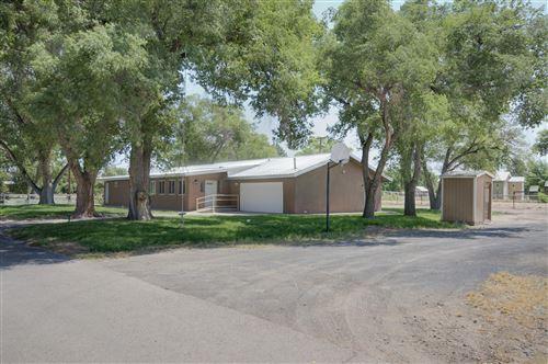 Photo of 1090 KONKOL FARM Road, Bosque Farms, NM 87068 (MLS # 988821)