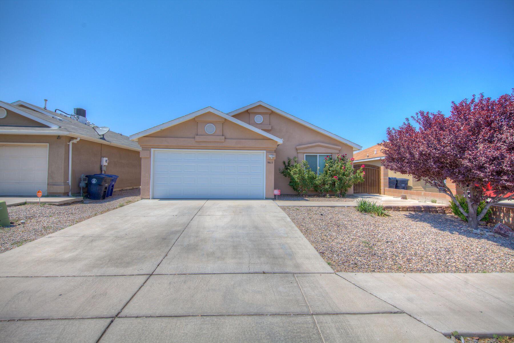Photo of 9615 EL PATRON Road SW, Albuquerque, NM 87121 (MLS # 994821)