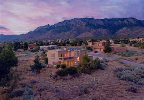 Photo of 1117 ROCKROSE Road NE, Albuquerque, NM 87122 (MLS # 972822)