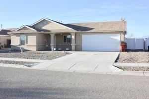 Photo of 2606 PASEO ARBOLADO SW, Belen, NM 87002 (MLS # 960824)