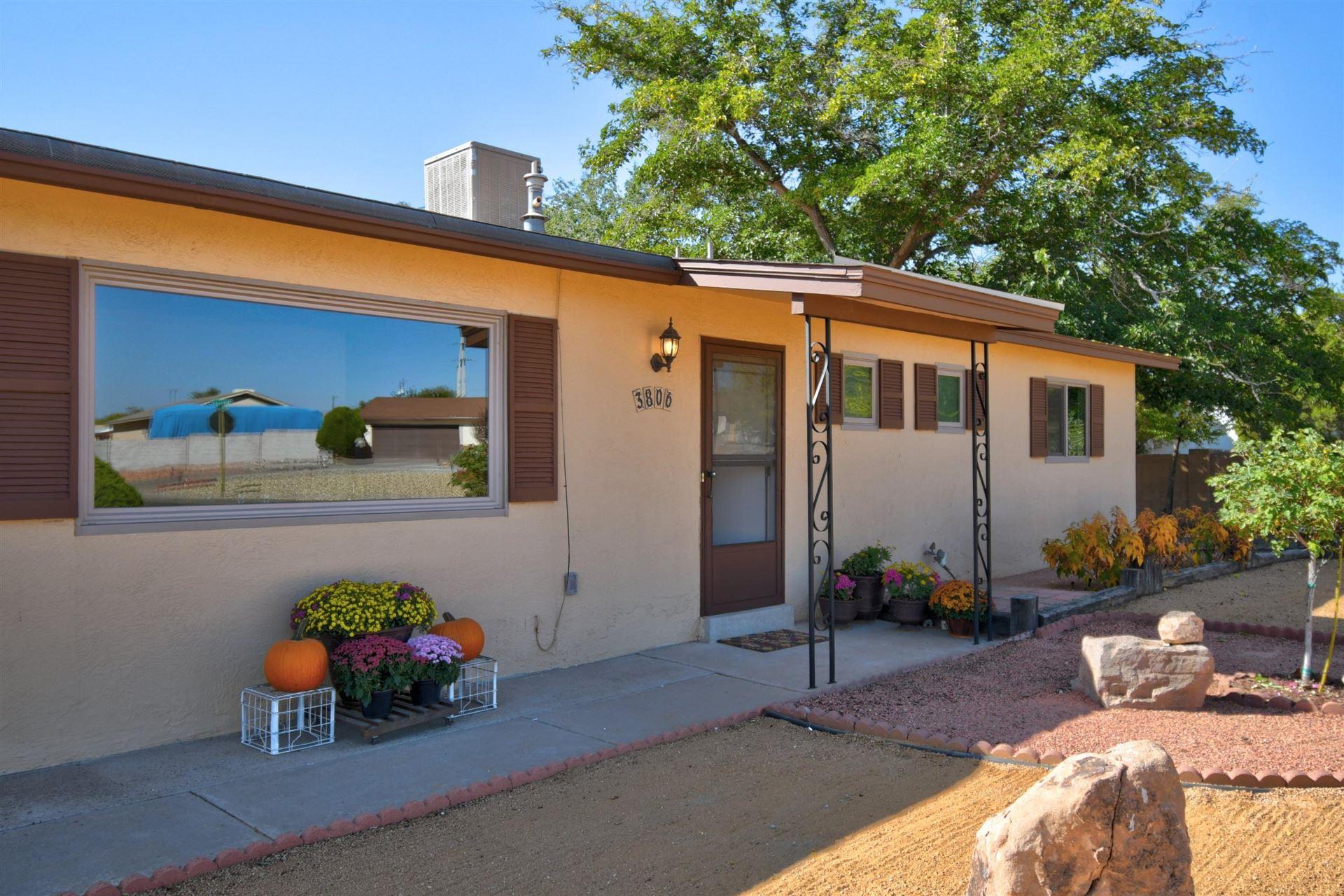 Photo of 3806 ANN Circle SE, Rio Rancho, NM 87124 (MLS # 979824)