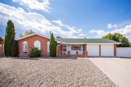Photo of 7421 Volunteer Street NE, Albuquerque, NM 87109 (MLS # 976825)