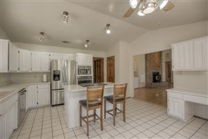 Photo of 712 Salida Sandia SW, Albuquerque, NM 87105 (MLS # 946829)