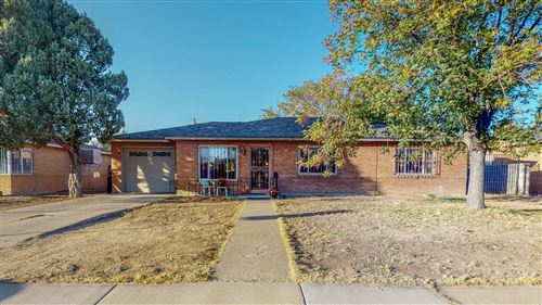 Photo of 5911 ASPEN Avenue NE, Albuquerque, NM 87110 (MLS # 979829)