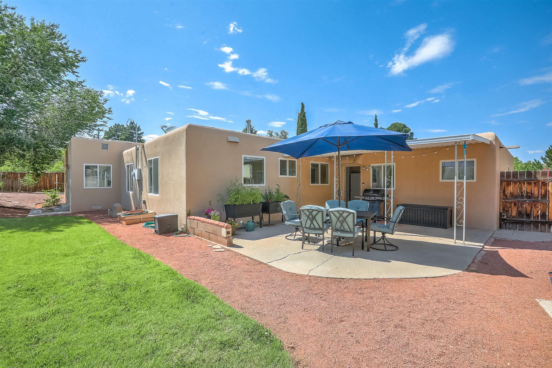 Photo of 809 ADAMS Place SE, Albuquerque, NM 87108 (MLS # 971829)