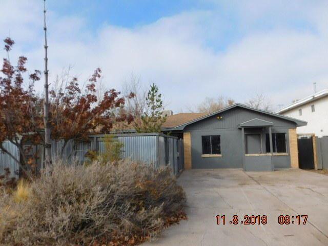 Photo of 421 GRACELAND Drive SE, Albuquerque, NM 87108 (MLS # 961836)