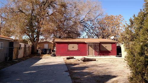 Photo of 2011 WILLIAM Street SE, Albuquerque, NM 87102 (MLS # 991839)