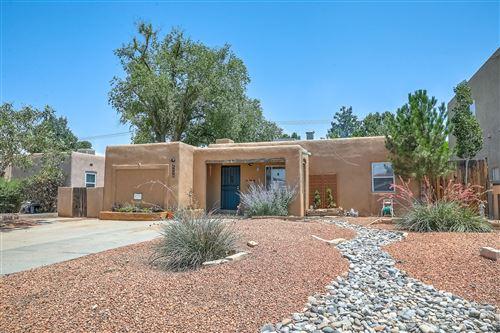 Photo of 1110 TRUMAN Street SE, Albuquerque, NM 87108 (MLS # 996841)