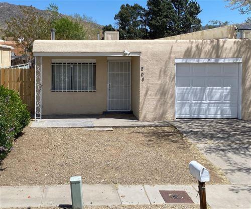 Photo of 204 ZENA LONA Street NE, Albuquerque, NM 87123 (MLS # 991844)