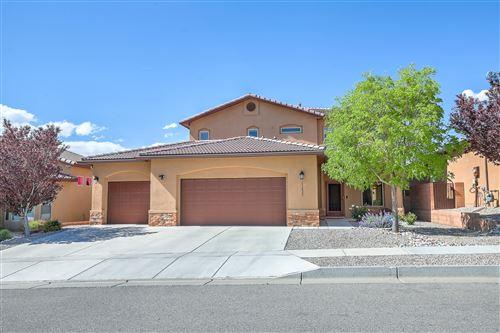 Photo of 11823 Red Mile Road SE, Albuquerque, NM 87123 (MLS # 991845)