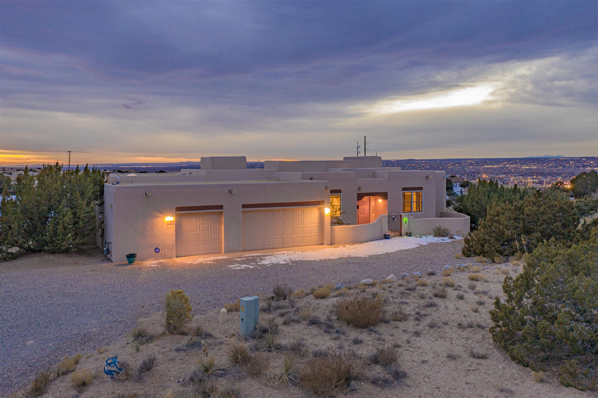 Photo of 3 MOON SHADOW Court, Placitas, NM 87043 (MLS # 980845)