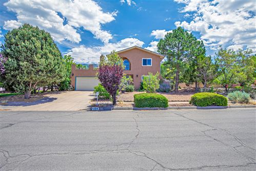 Photo of 1104 DASKALOS Drive NE, Albuquerque, NM 87123 (MLS # 969846)