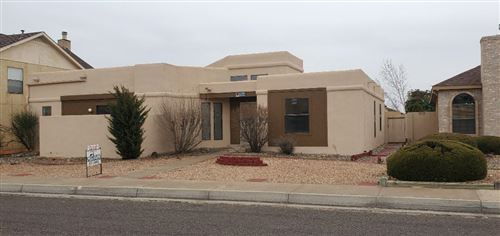 Photo of 7308 SHERWOOD Drive NW, Albuquerque, NM 87120 (MLS # 960848)