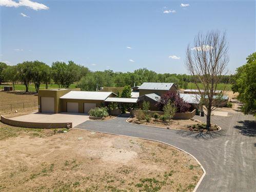 Photo of 340 SHIRK Lane SW, Albuquerque, NM 87105 (MLS # 991849)