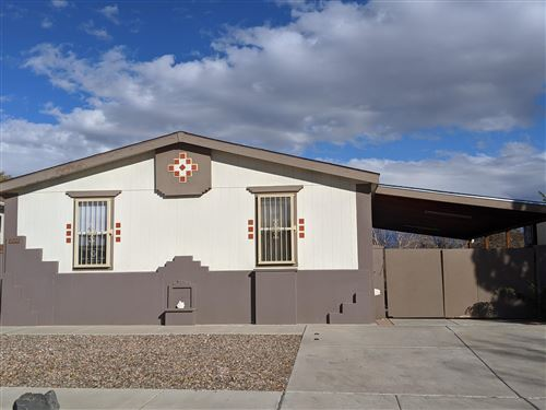 Photo of 220 WESTCOURT Place NW, Albuquerque, NM 87105 (MLS # 980852)