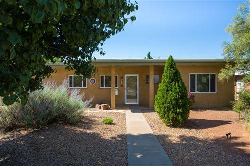 Photo of 4220 MACKLAND Avenue NE, Albuquerque, NM 87110 (MLS # 995853)