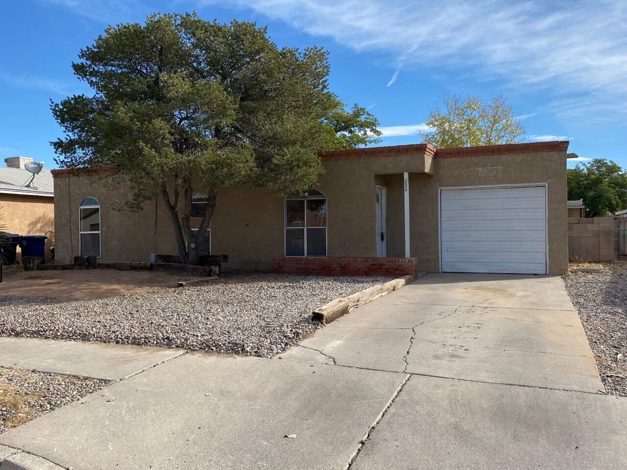 220 CLAIRE Lane SW, Albuquerque, NM 87121 - #: 1001854
