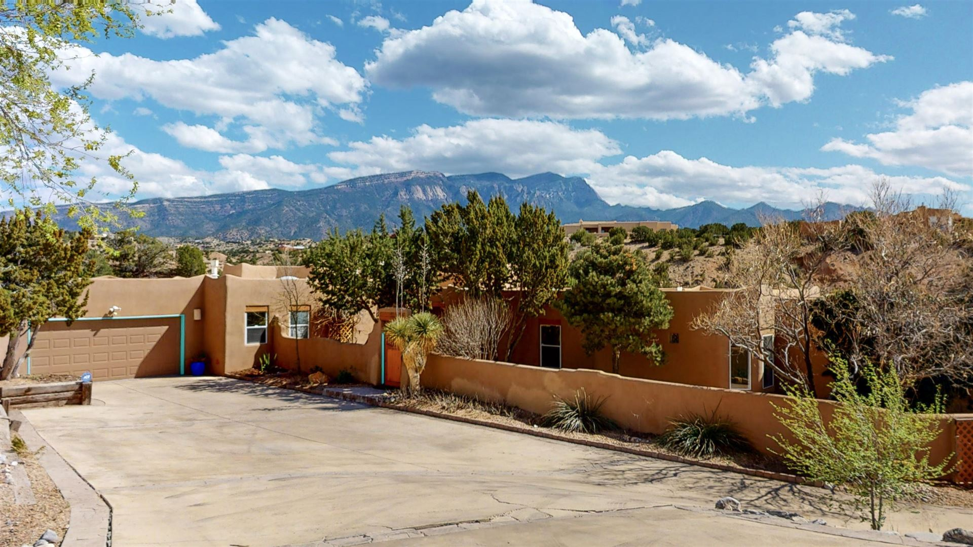 Photo of 38 CAMINO BARRANCA, Placitas, NM 87043 (MLS # 965855)