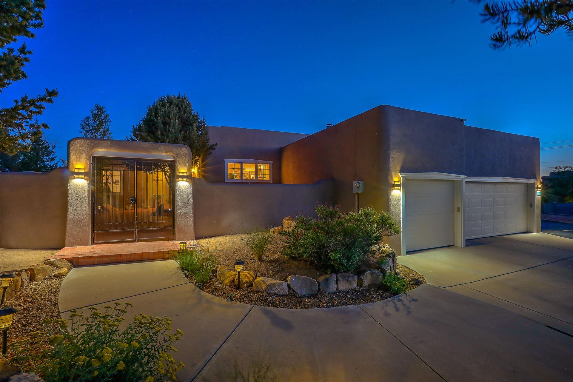 Photo of 9600 WILSHIRE Avenue NE, Albuquerque, NM 87122 (MLS # 968858)