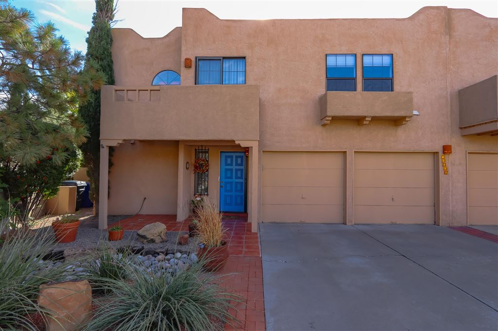 Photo for 3032 Mccoy Place, Albuquerque, NM 87106 (MLS # 930859)