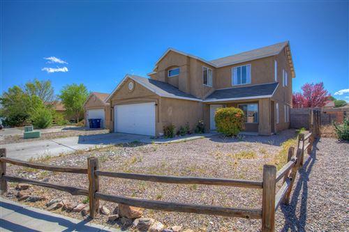 Photo of 609 MINARET Drive SW, Albuquerque, NM 87121 (MLS # 991860)