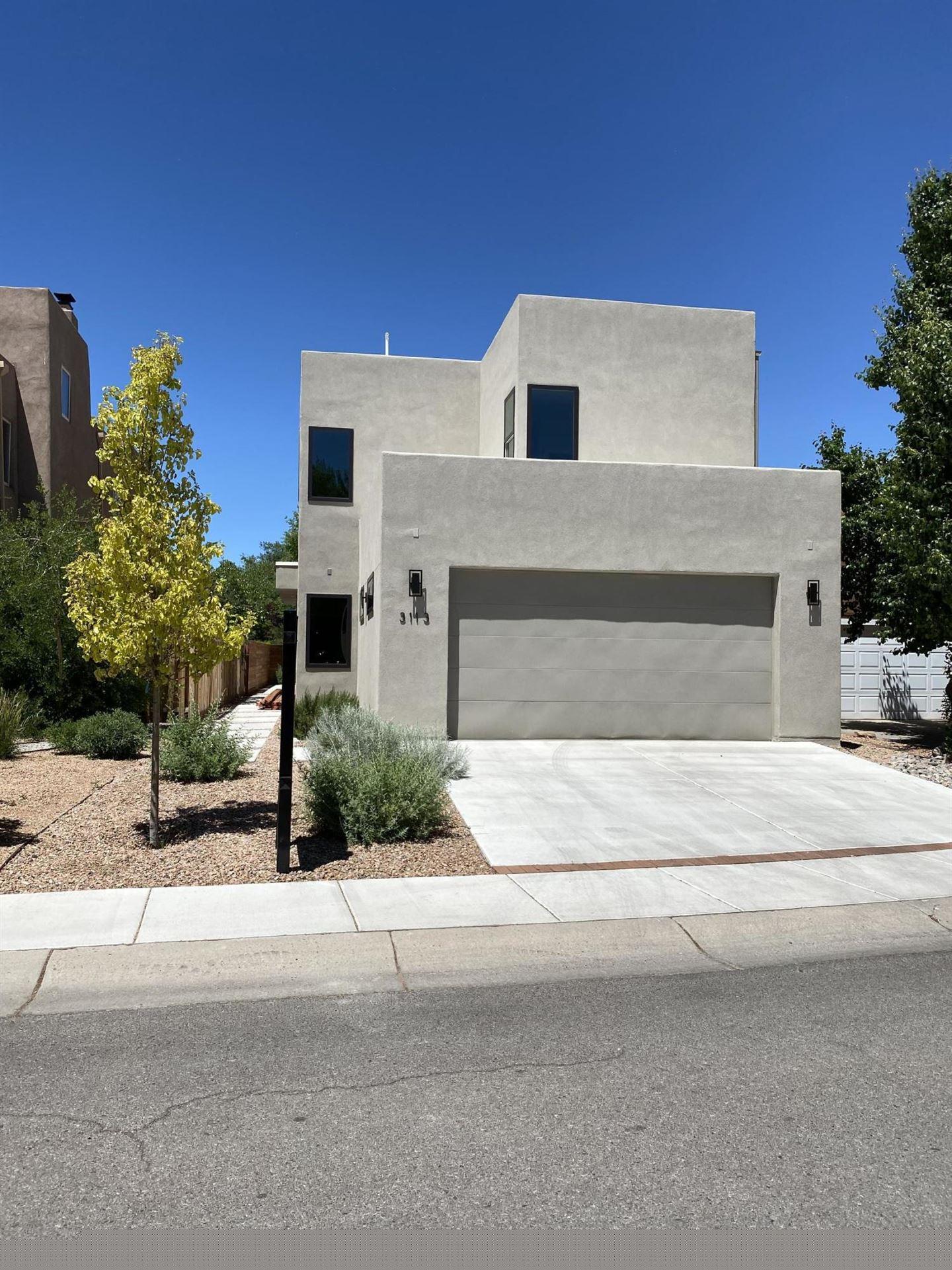 Photo of 3113 CALLE DE ALAMO NW, Albuquerque, NM 87104 (MLS # 968861)