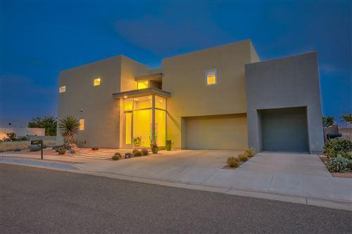 Photo of 2316 MANANITAS Lane NW, Albuquerque, NM 87104 (MLS # 976866)