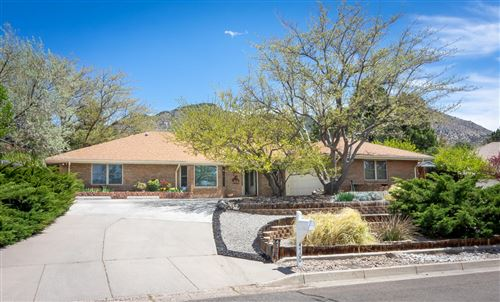 Photo of 4700 HILLTOP Place NE, Albuquerque, NM 87111 (MLS # 989867)
