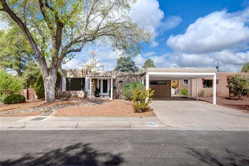 Photo of 1307 MANZANO Street NE, Albuquerque, NM 87110 (MLS # 987868)