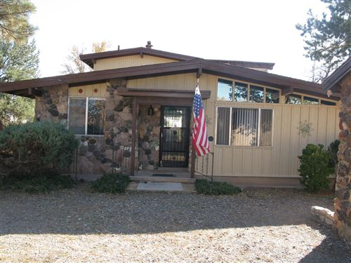 Photo of 475 SEGO LILY Street, Bosque Farms, NM 87068 (MLS # 957873)