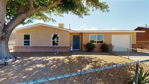Photo of 5804 GLENDA Court NW, Albuquerque, NM 87107 (MLS # 971874)