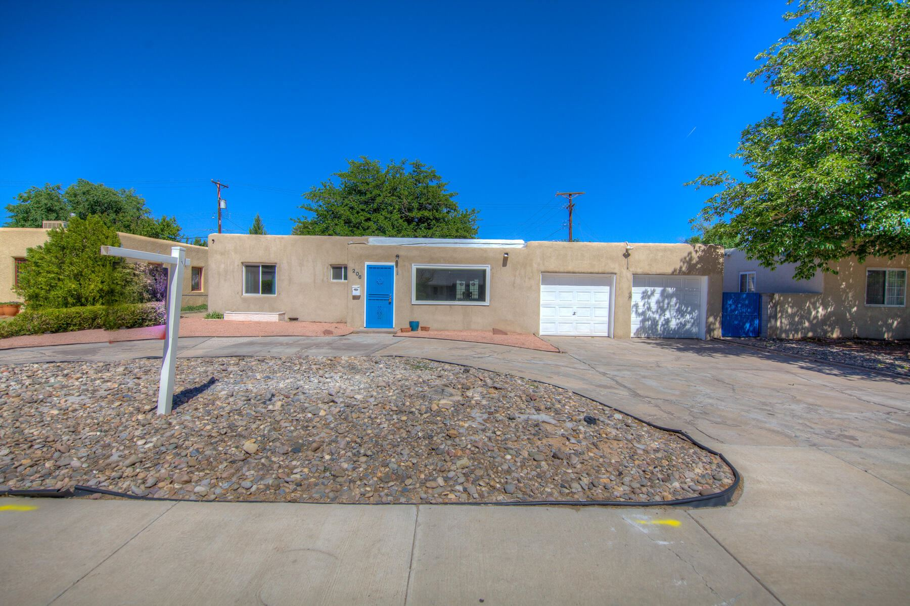 Photo of 206 MORNINGSIDE Drive NE, Albuquerque, NM 87108 (MLS # 992876)