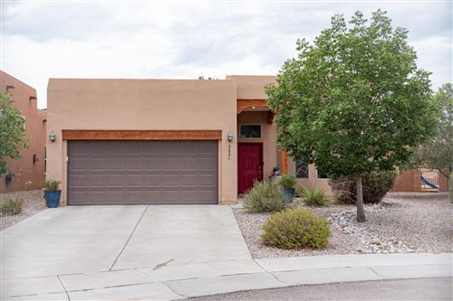 Photo of 2024 VERNON Drive SE, Albuquerque, NM 87123 (MLS # 976880)