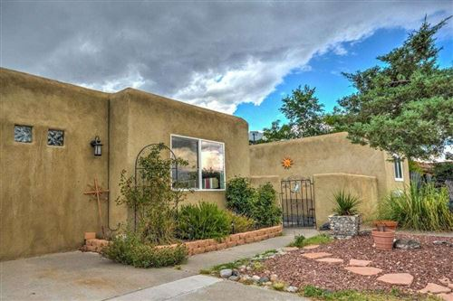Photo of 701 CERRO DE ORTEGA Drive SE, Rio Rancho, NM 87124 (MLS # 965881)