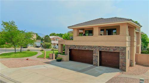 Photo of 8424 VINEYARD RIDGE Court NE, Albuquerque, NM 87122 (MLS # 975881)